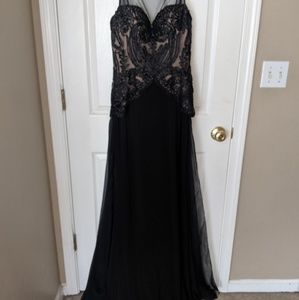 Sherri Hill Black Lace Formal Dress